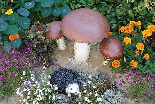 гриб своими руками для сада и дачи