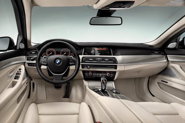 интерьер нового BMW 5 серии